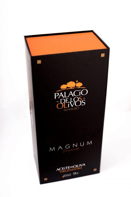 PP Front clsed gift case 1,5L Picual Palacio de Los Olivos